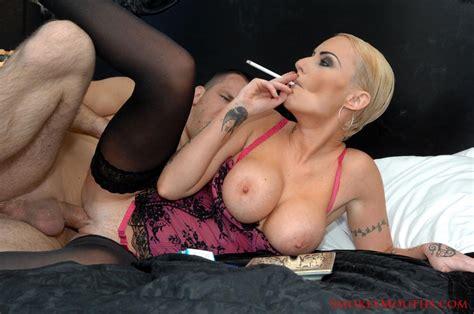 Smoking tasty movie videos jpg 1200x797