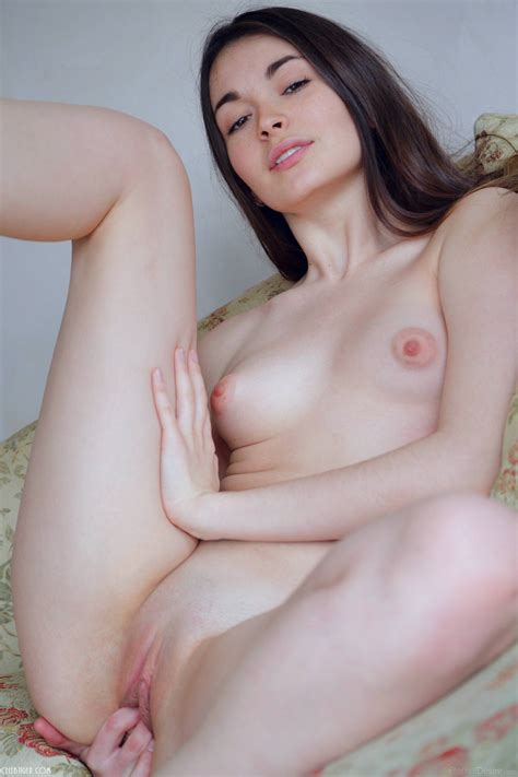 Close up shaved pussy erotic pictures jpg 1072x1609